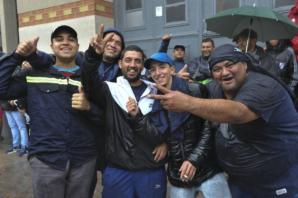 Cartoneros marcharon en la Ciudad de Buenos Aires en reclamo de paritarias y tendrán una reunión la próxima semana
