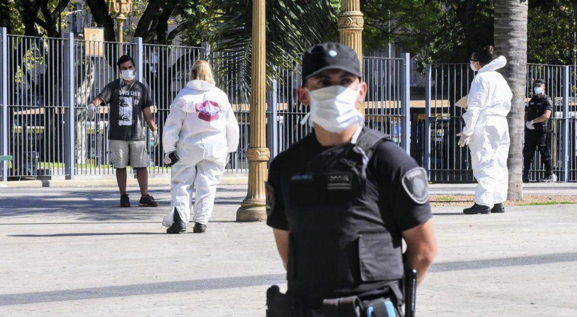 Insólito: detuvieron a un ciudadano chino en San Telmo por violar la cuarentena para cazar pokemones