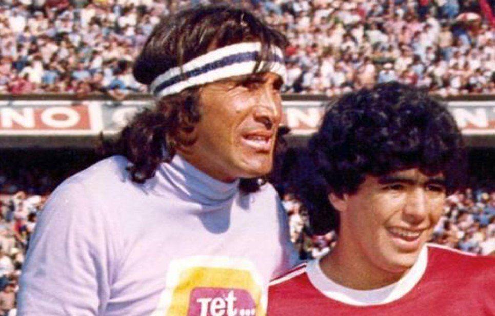 Maradona le envió un mensaje de aliento a Gatti: Fuerza loco