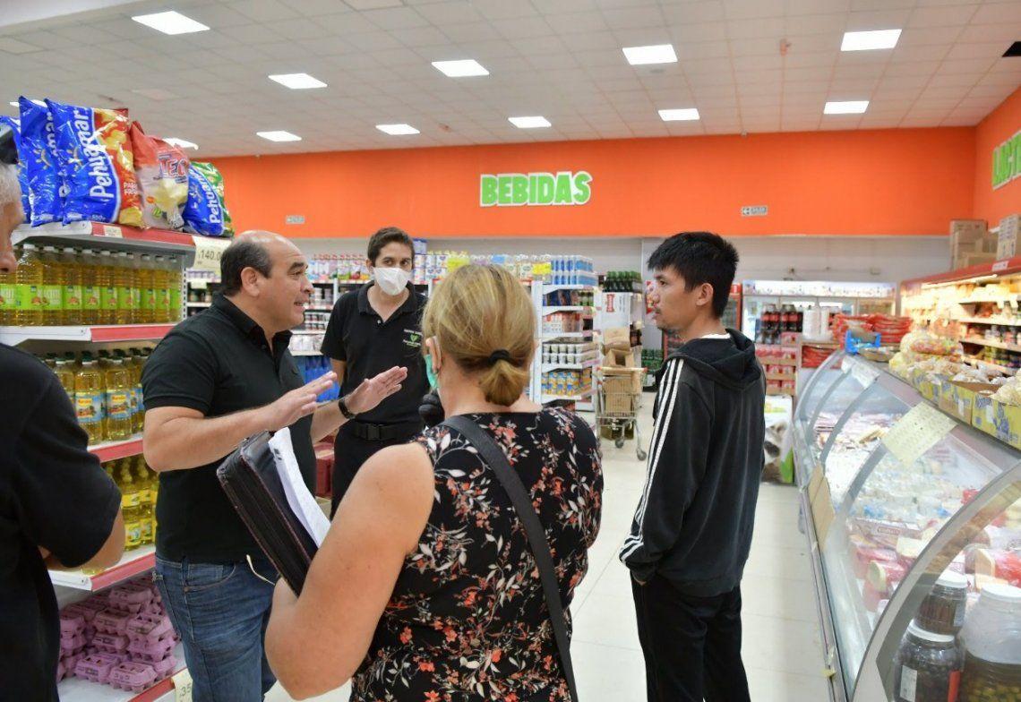 Hasta el momento fueron clausurados cuatro supermercados y los controles continuarán durante la cuarentena.