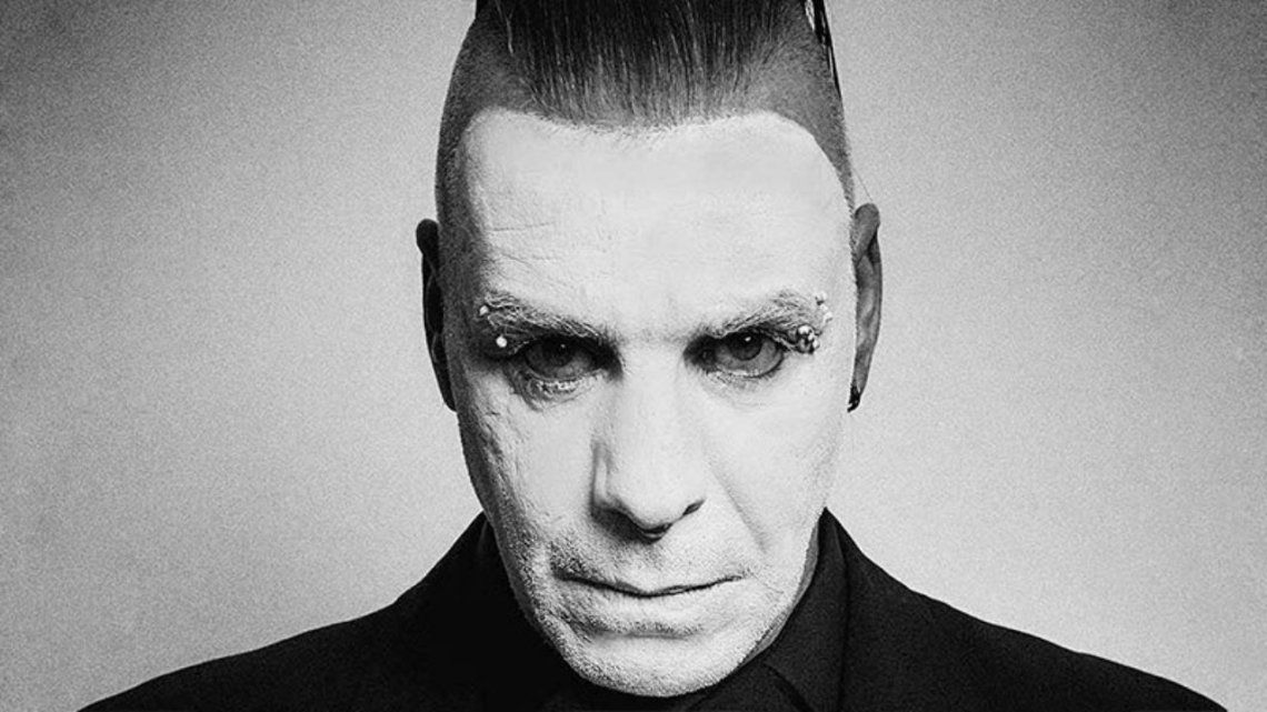 Cantante de Rammstein, en terapia intensiva por coronavirus