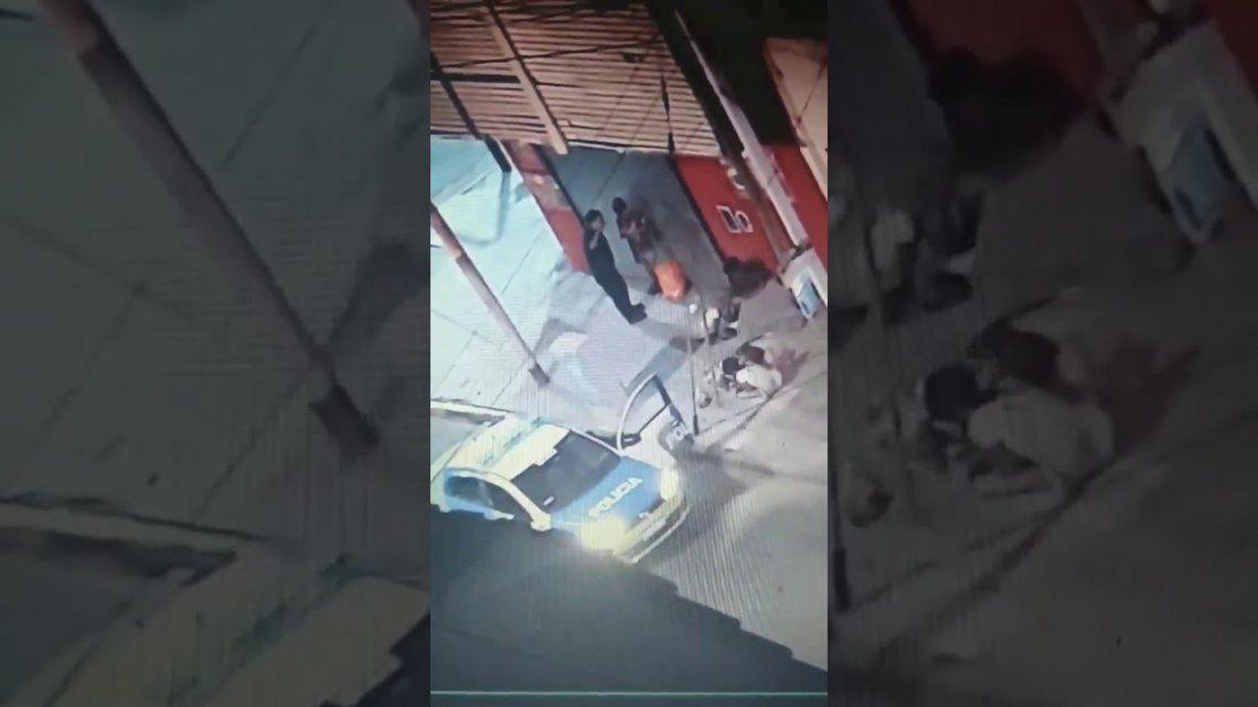 Avellaneda: desafectan a policías que golpearon a menores que pedían comida en la calle durante la cuarentena