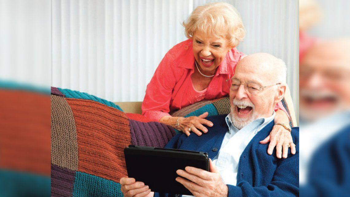 Tips para que los mayores fortalezcan las redes