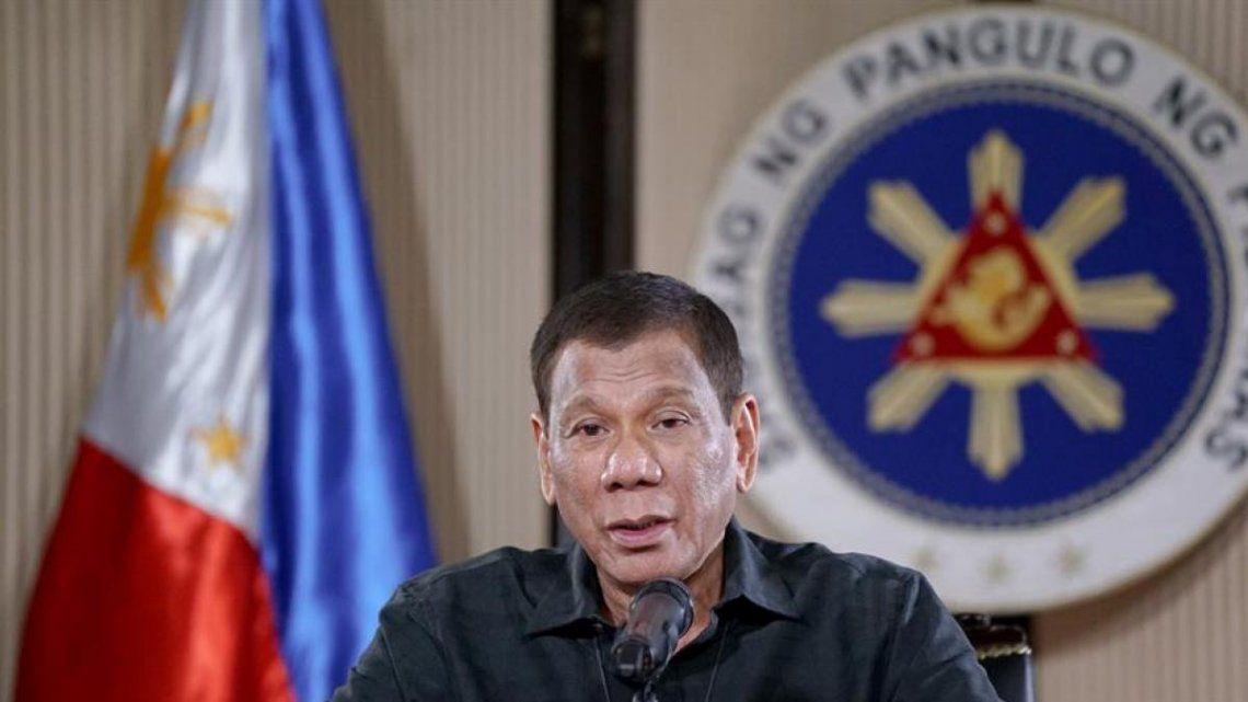 El Presidente de Filipinas, contundente contra quienes no cumplan la cuarentena: A cambio de causar problemas, te enviaré a la tumba