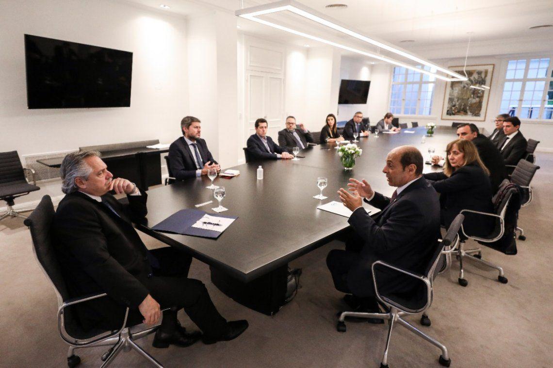 El gobierno se reunió con representantes de turismo