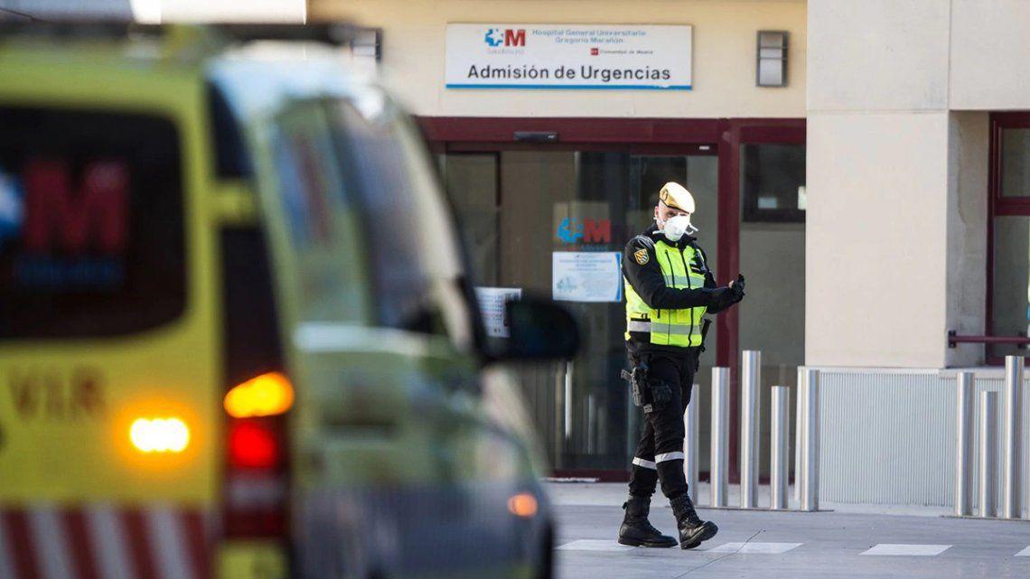 España registra un nuevo descenso en la cifra diaria de fallecidos por coronavirus