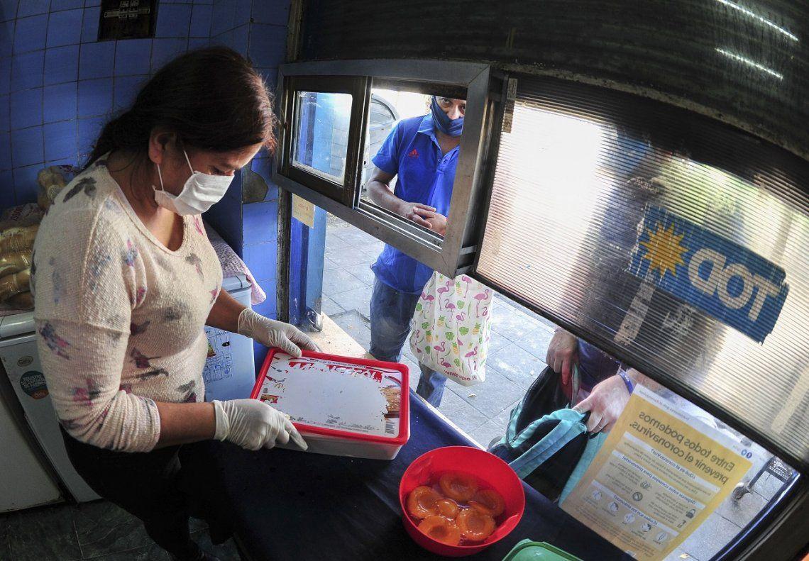 Coronavirus en Argentina: bajo el lema Nadie se salva sólo, el Movimiento Barrios de Pie trabaja para instalar 2.000 ollas populares en todo el país