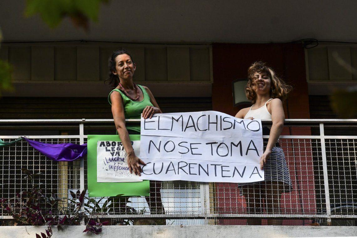 Coronavirus en Argentina: más del 60% de los femicidios registrados desde el inicio de la cuarentena ocurrieron en los hogares de las víctimas