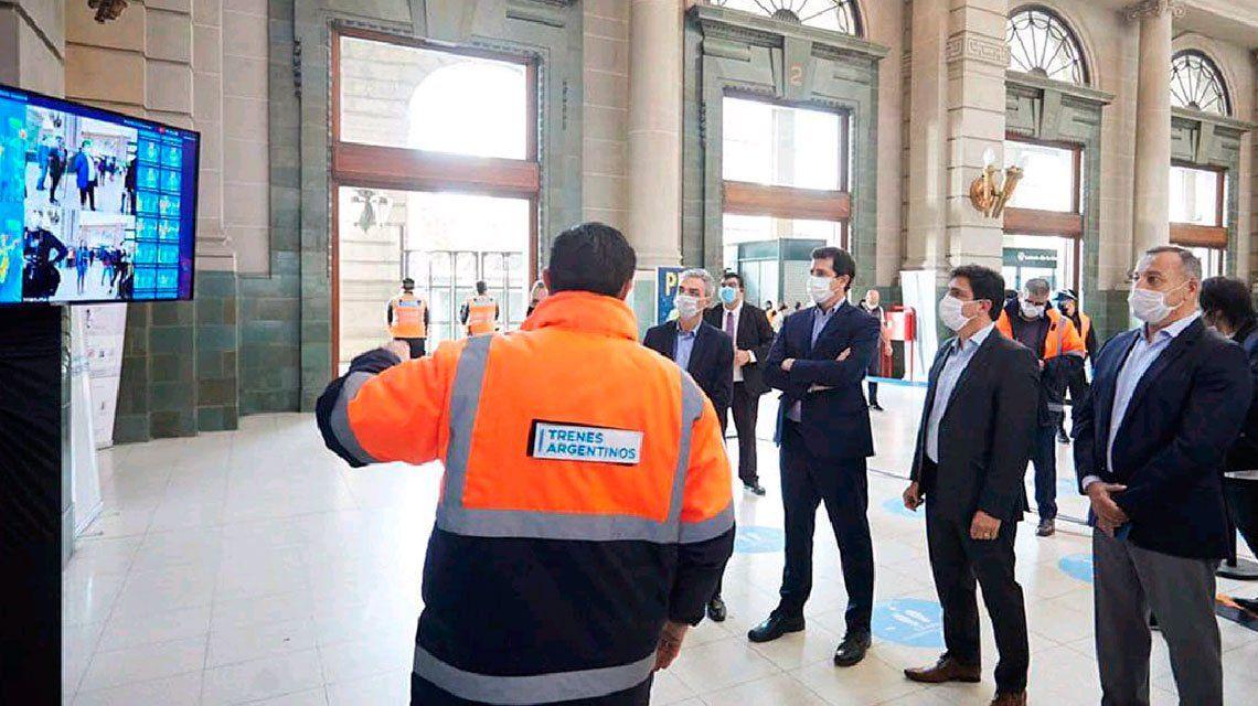 Meoni y De Pedro presentaron cámaras infrarrojas para detectar fiebre en estaciones de trenes
