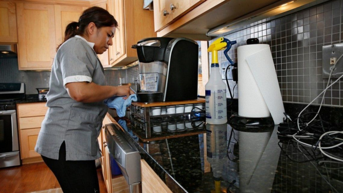 Coronavirus en Argentina: el Sindicato de Amas de Casa le solicitó al gobierno nacional ayuda para que se paguen los sueldos