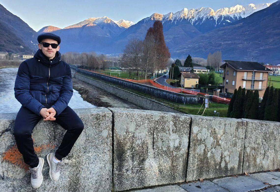 Lucas Moya espera volver pronto de Italia a Villa Barceló.
