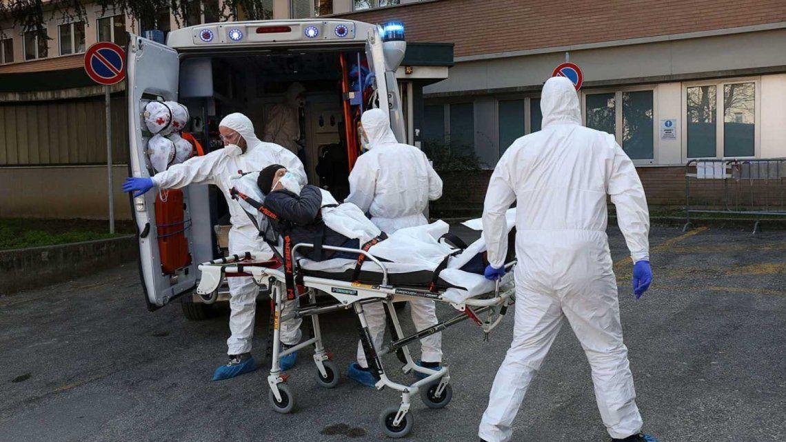 Coronavirus: Italia registró 323 nuevas muertes, pero siguen cayendo los positivos