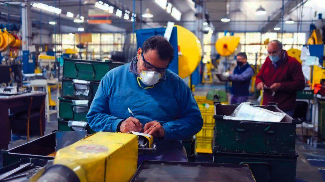 Más de 180 industrias de la Provincia vuelven a producir