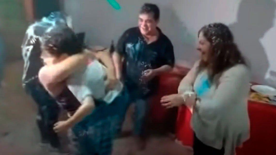 La Paz: renunció la funcionaria que hizo una fiesta durante la cuarentena