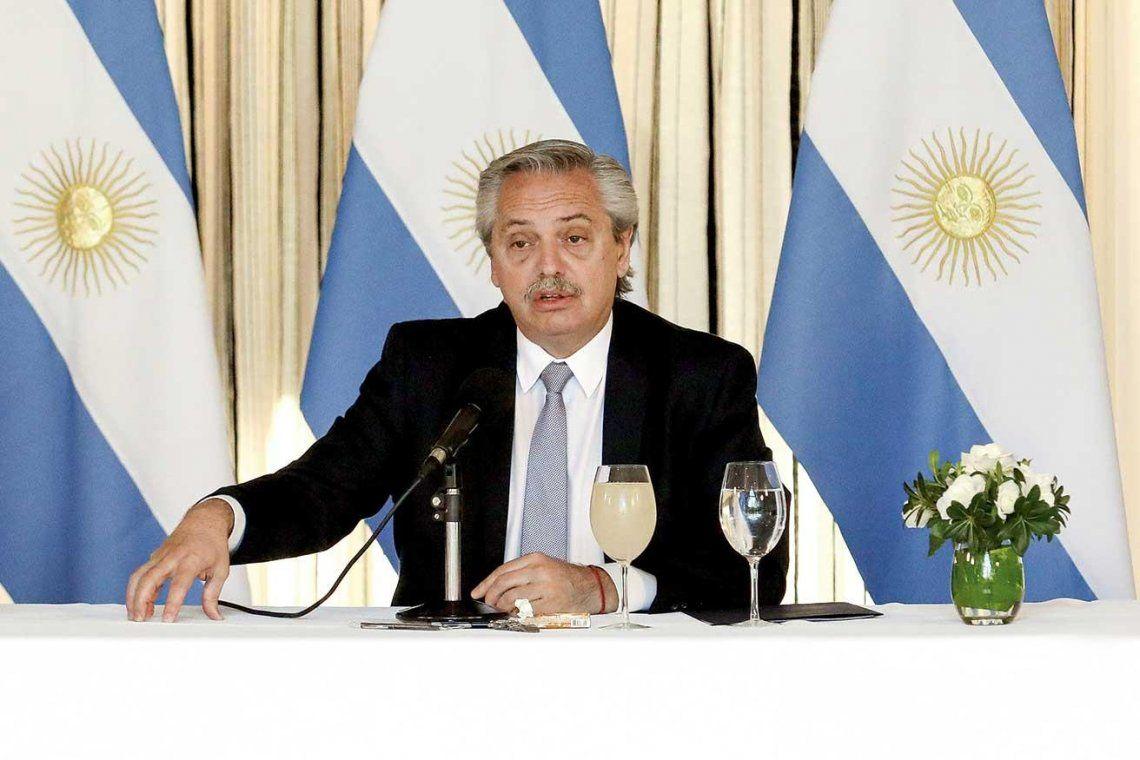 El 80% de los argentinos apoya las medidas del Gobierno, pero el ánimo está deteriorado