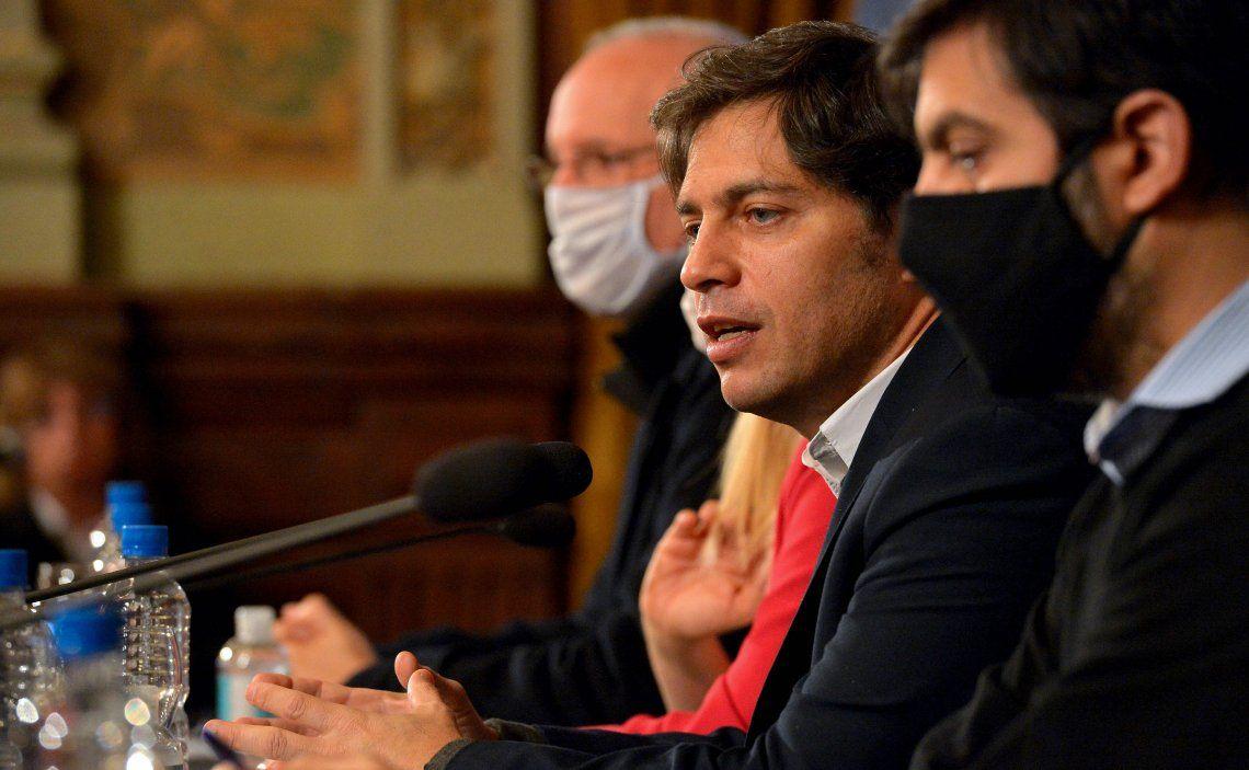 Durante el anuncio Kicillof fue acompañado por Carlos Bianco