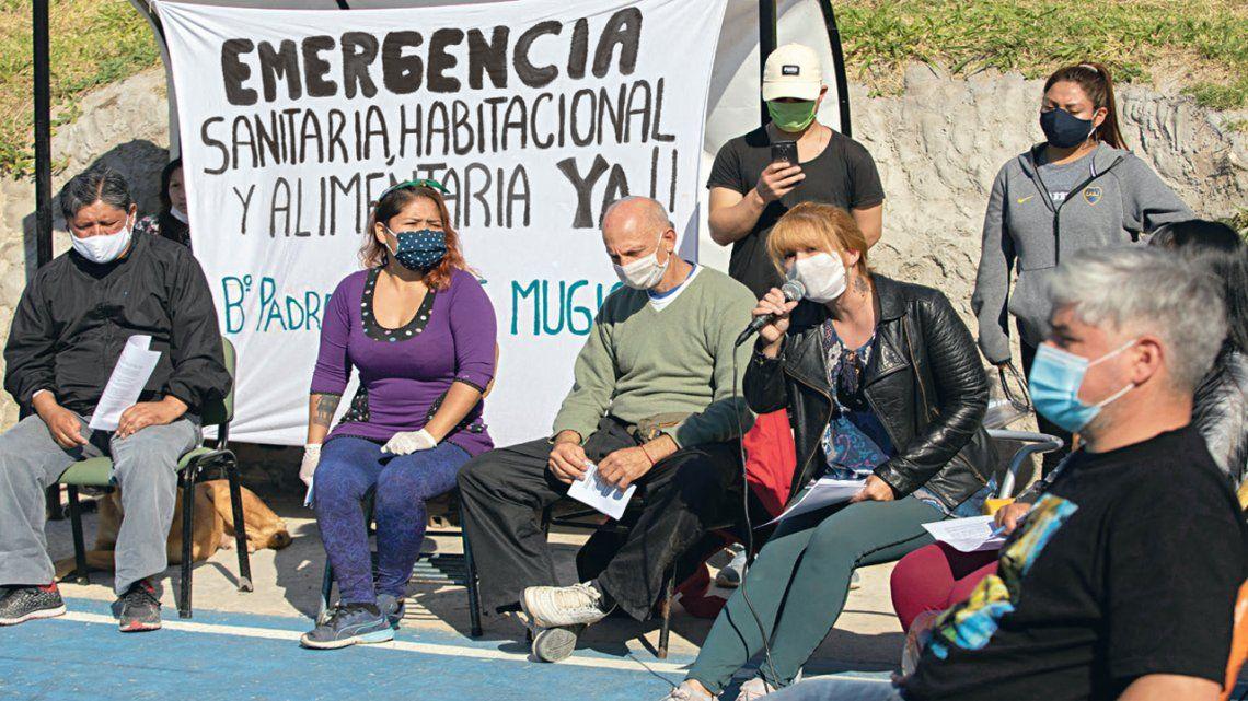 En barrios populares piden declarar ya la emergencia