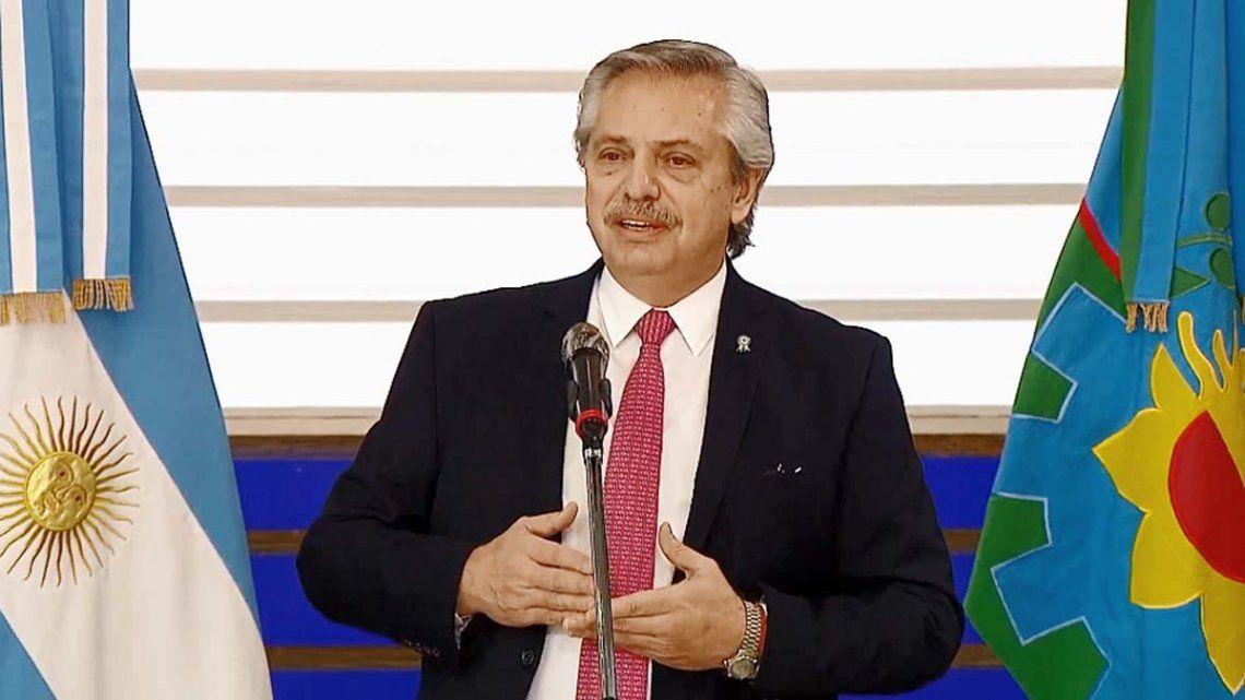 Alberto Fernández defendió la continuidad del aislamiento y destacó que la normalidad no existe más