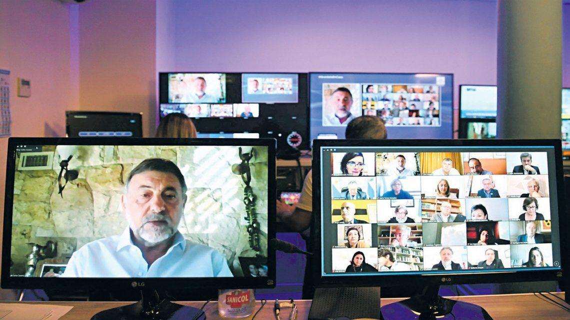 Duro cruce de los senadores Carlos Caserio y Martín Lousteau: a los gritos en una videoconferencia