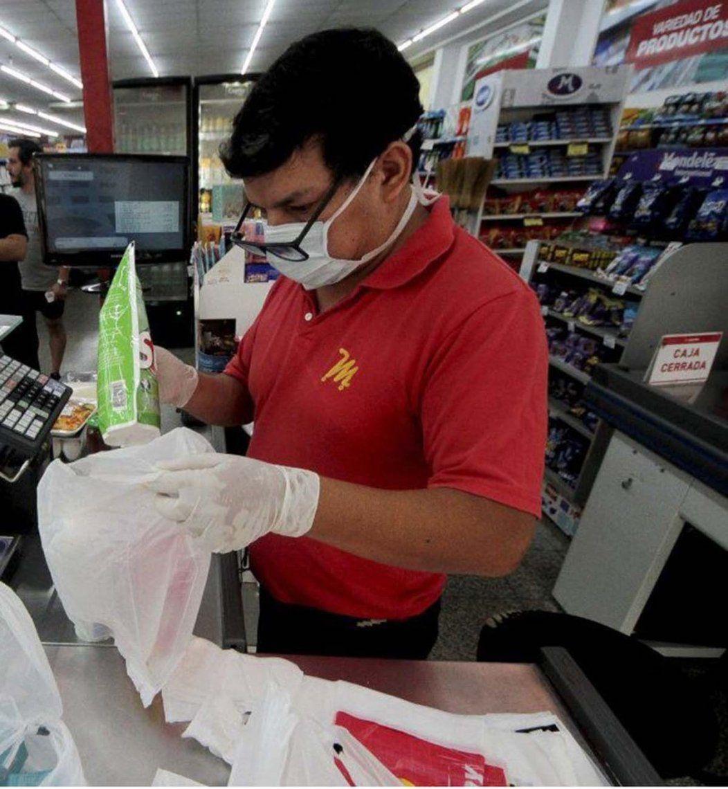 Coronavirus: trabajadores de supermercados reclaman testeos masivos y medidas de prevención