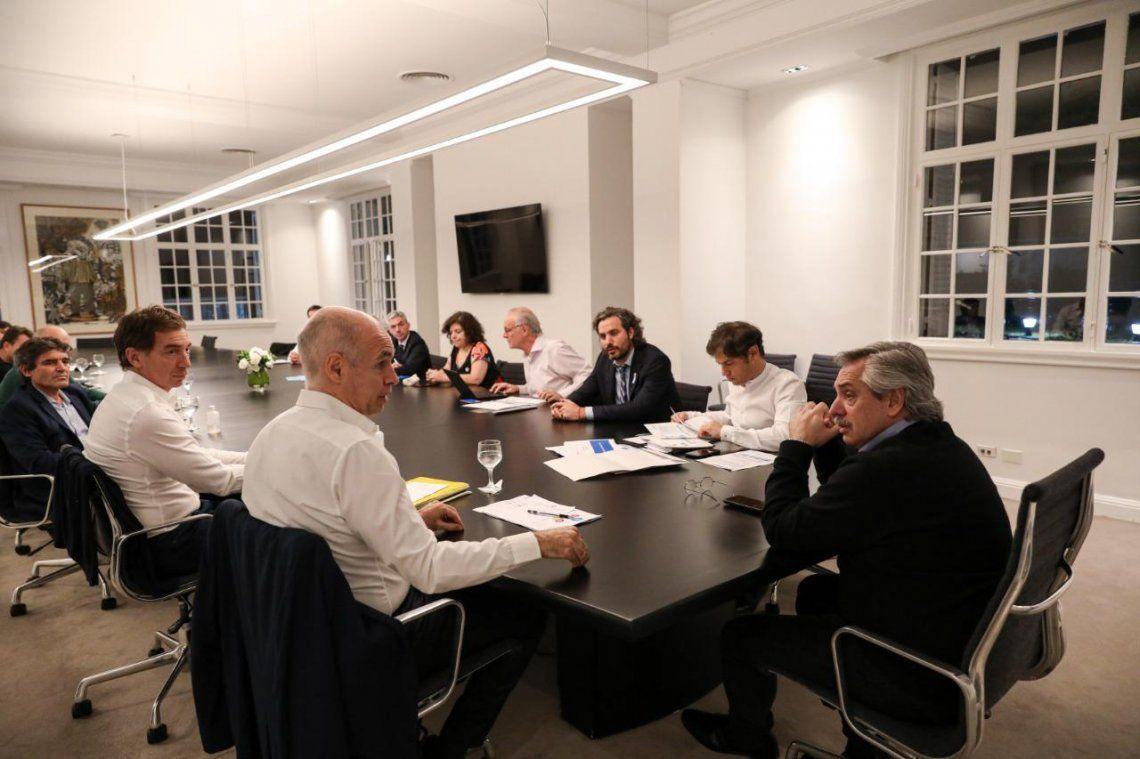 Fernández se reunió con Kicillof y Larreta para planear cómo seguirá la cuarentena