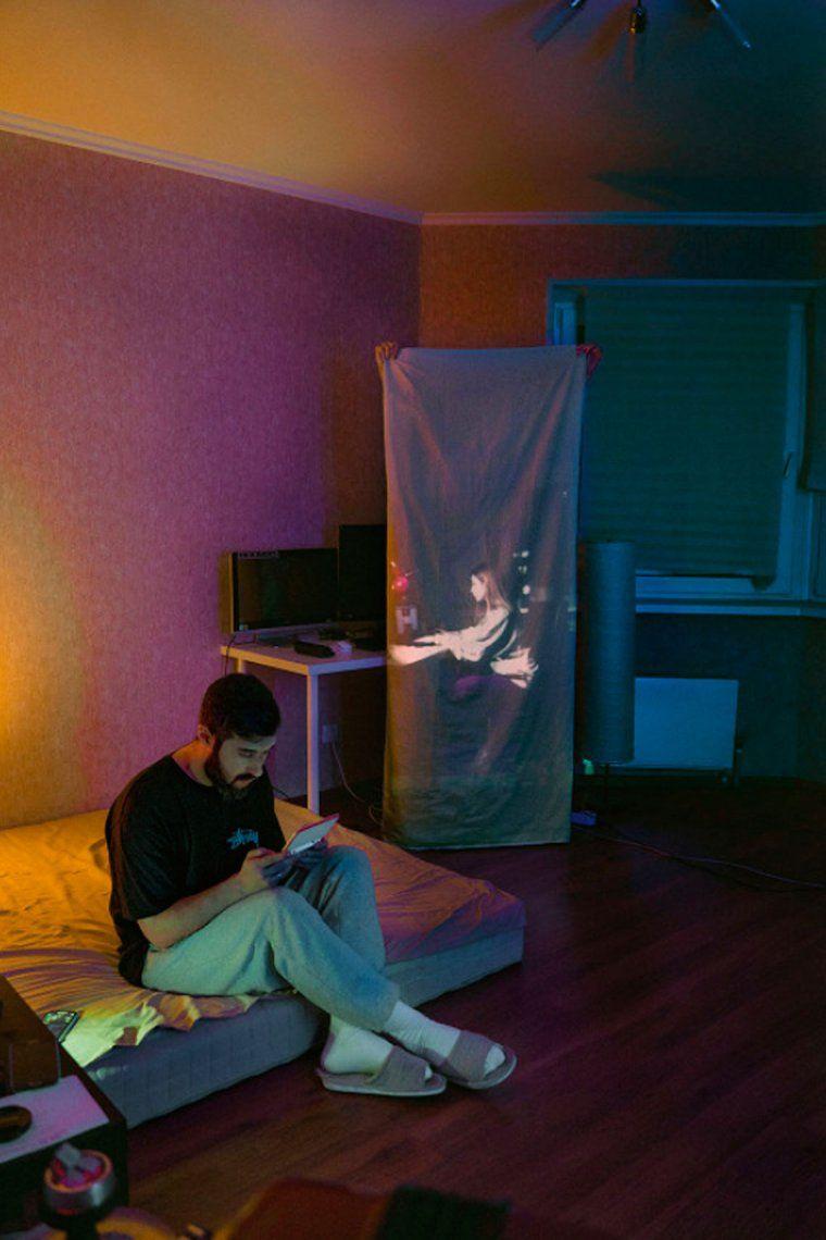 El sorprendente proyecto fotográfico sobre autoaislamiento, comunicación y contacto humano