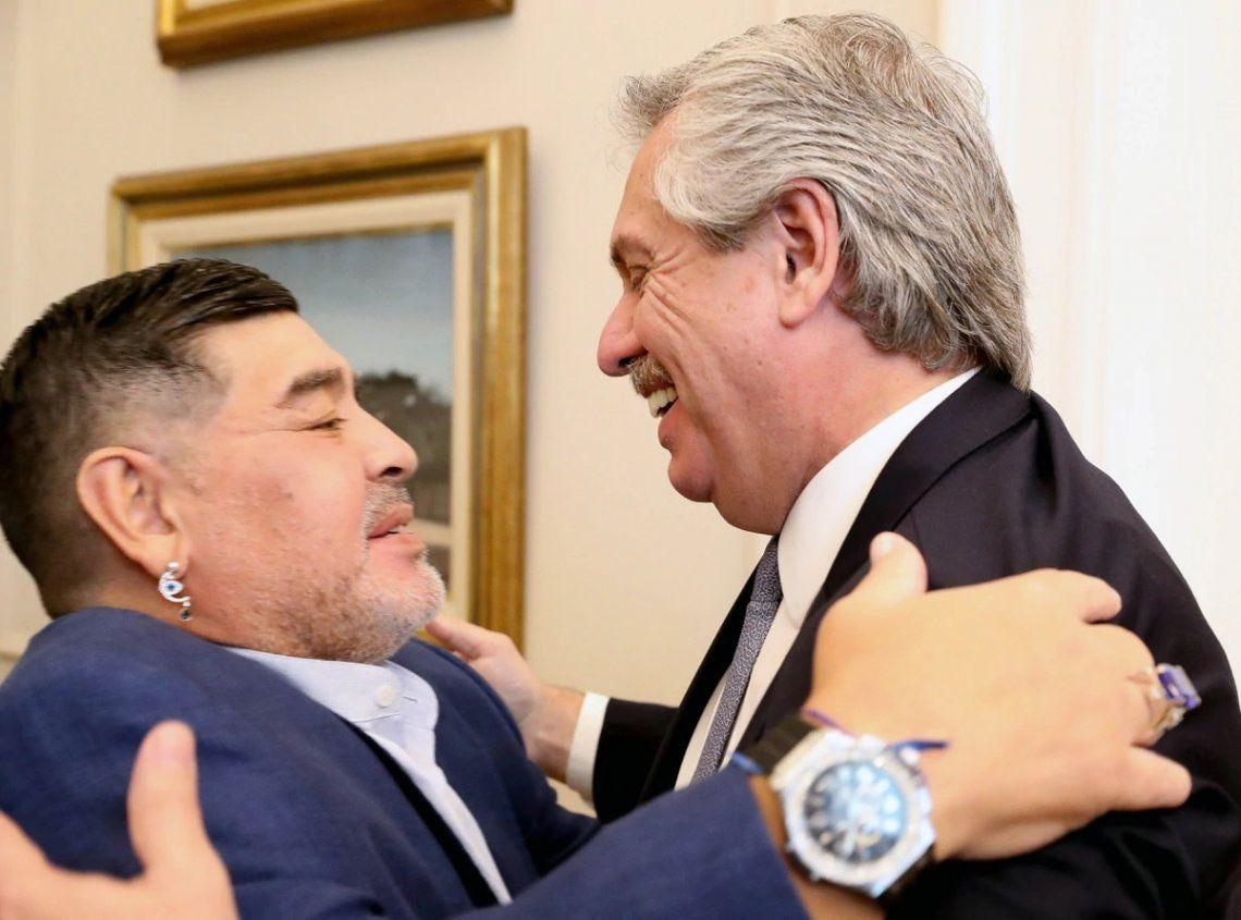 Diego Maradona defendió el impuesto a las grandes fortunas: Estoy a su disposición, presi