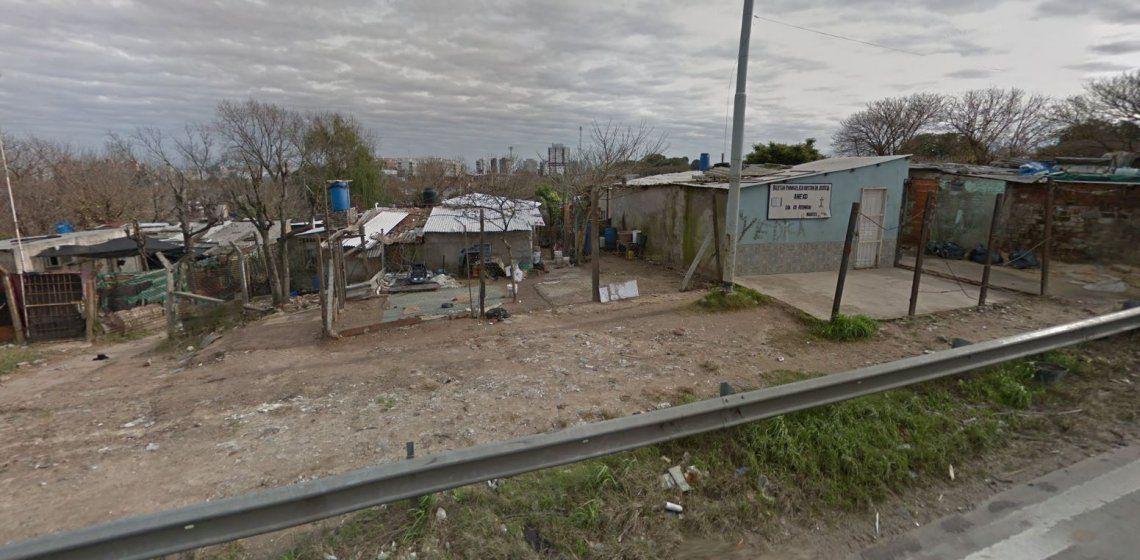 Primer foco de coronavirus en un asentamiento del Conurbano: aislan Villa Azul, entre Avellaneda y Quilmes, tras detectar 53 casos positivos