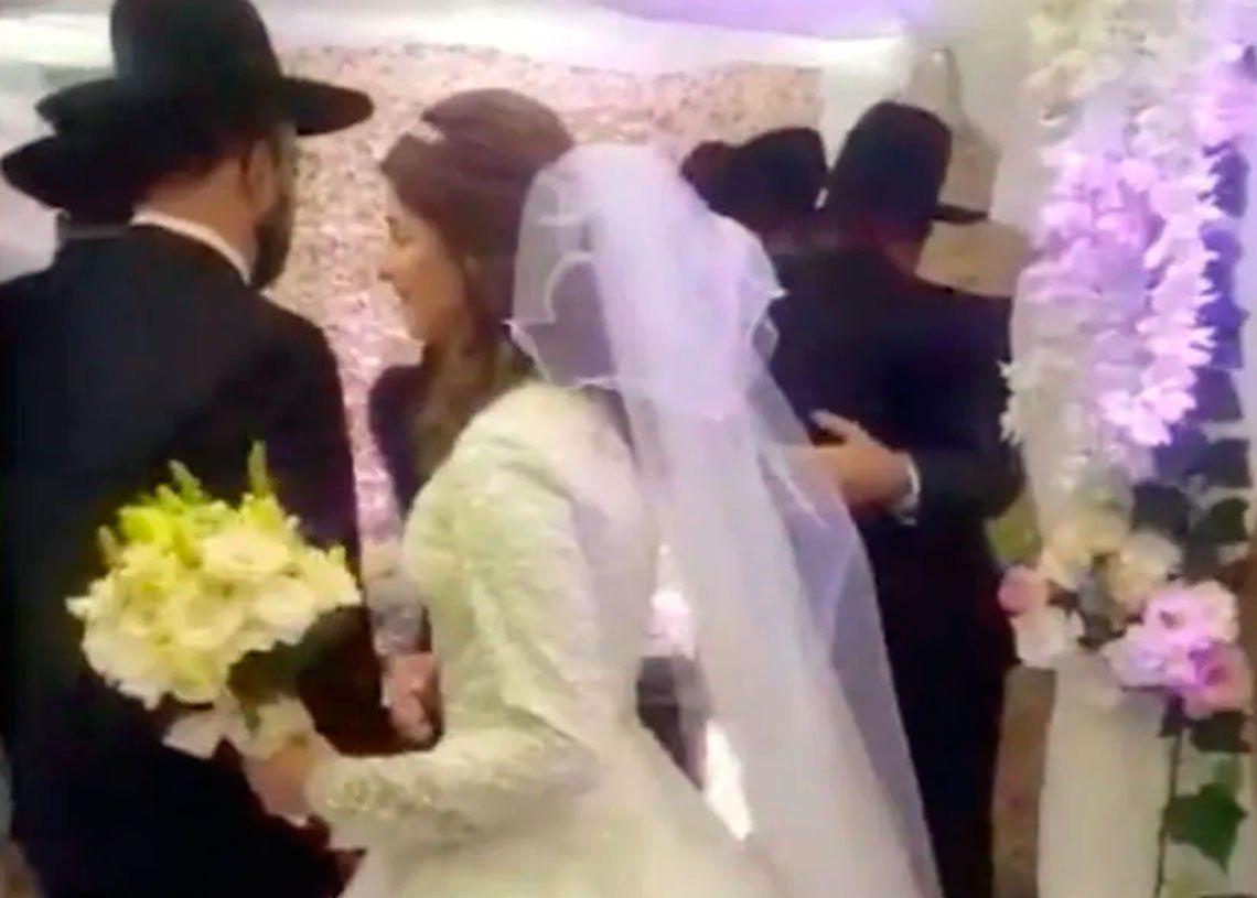 Celebraron un casamiento en plena cuarentena: 8 detenidos, entre ellos los novios y el rabino