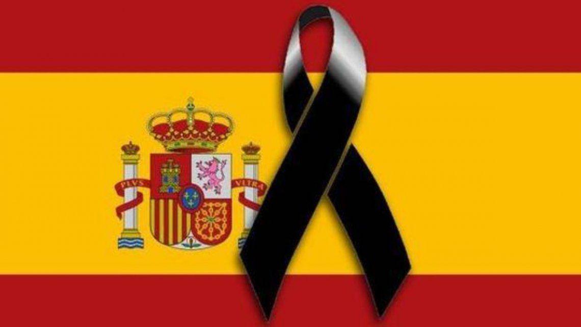El gobierno español declaró hoy diez días de luto oficial por las víctimas del coronavirus
