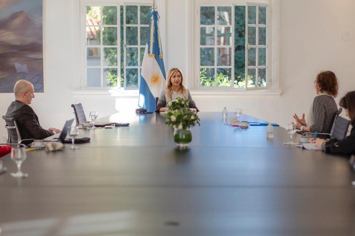 Fabiola Yañez  se reunió con autoridades de Unicef Argentina