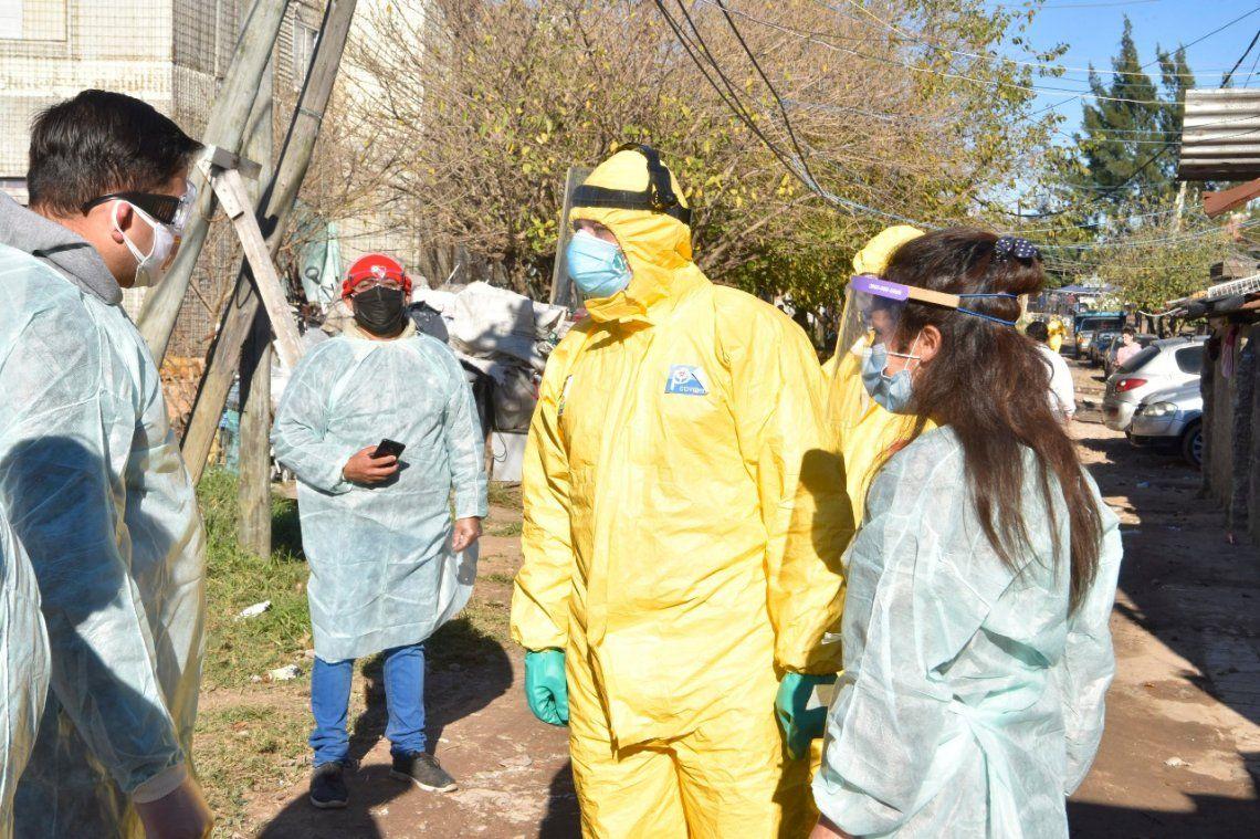 Villa Azul: Berni continúa supervisando los trabajos de aislamiento sanitario