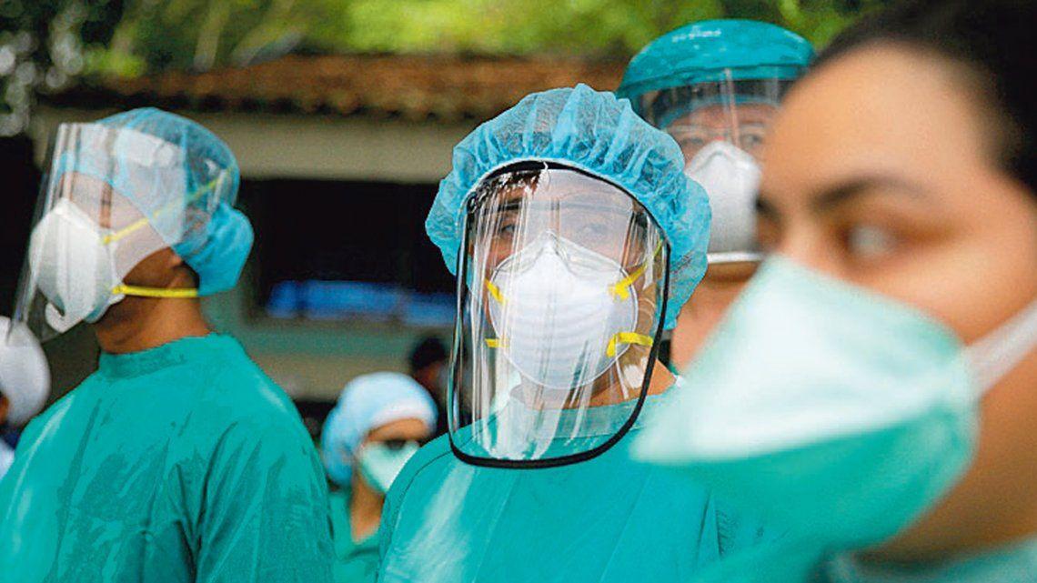 Médicos denuncian que no cobraron bono de $ 5.000