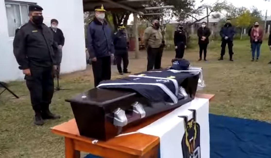 Dolor por la muerte de Cartucho, el perro sargento de la Policía de Corrientes