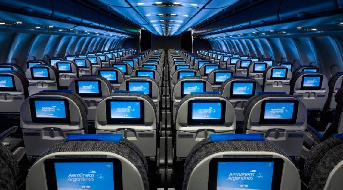 Aerolíneas suspendió a 7.500 trabajadores por disminución de vuelos a raíz del coronavirus