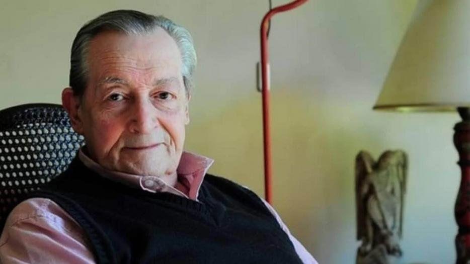 El director teatral Agustín Alezzo, internado por coronavirus