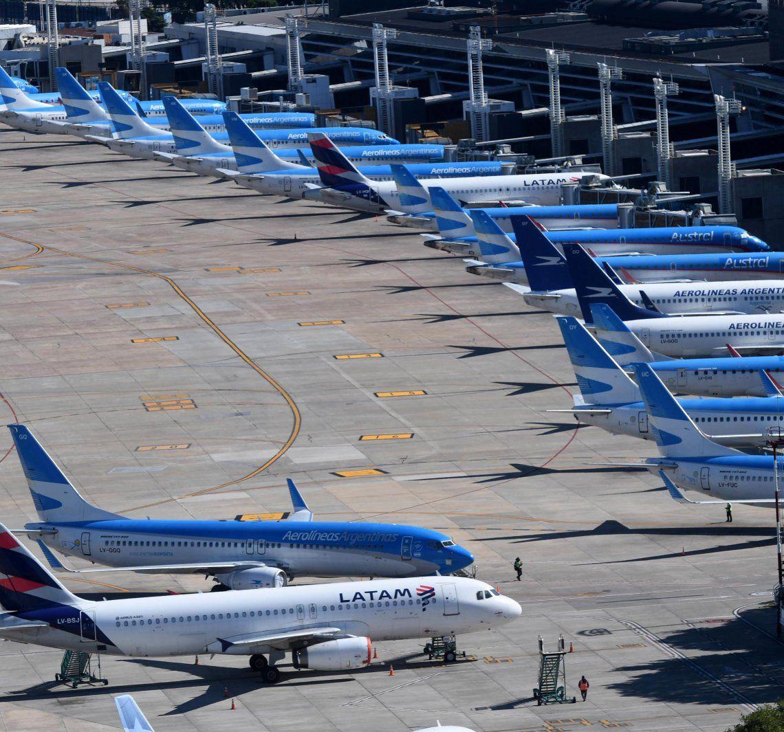 Aerolíneas podría volver a volar en julio.