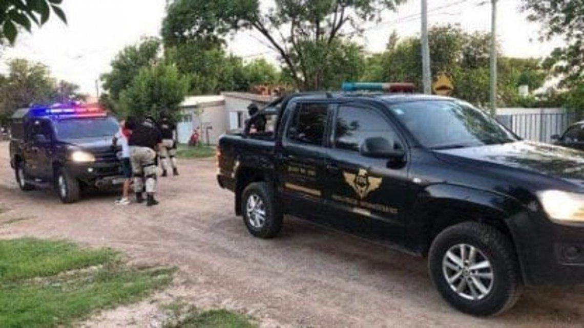 Cuarentena: detuvieron a más de 50 personas en Santiago del Estero por juntadas, fútbol y hasta riña de gallos