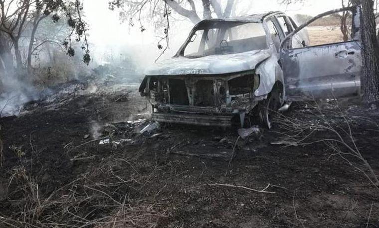 Mujer calcinada en camioneta: detuvieron al esposo