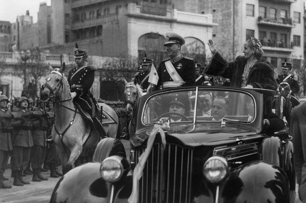 El Packard de Perón y Evita se remató en 165 mil dólares
