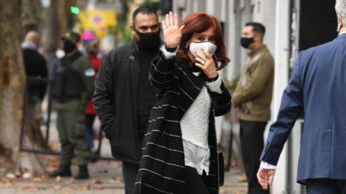Espionaje ilegal: Cristina Kirchner se presentó ante la justicia