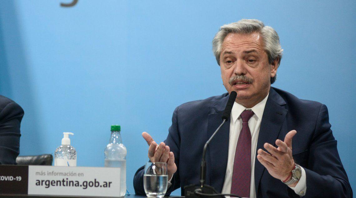 Alberto Fernández al anunciar ayer a media tarde la intervención.