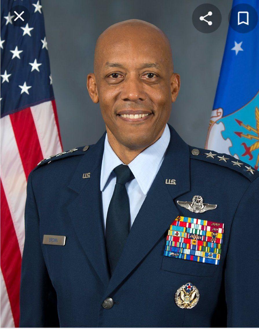 Un afroamericano es el nuevo jefe de la fuerza aérea de Estados Unidos