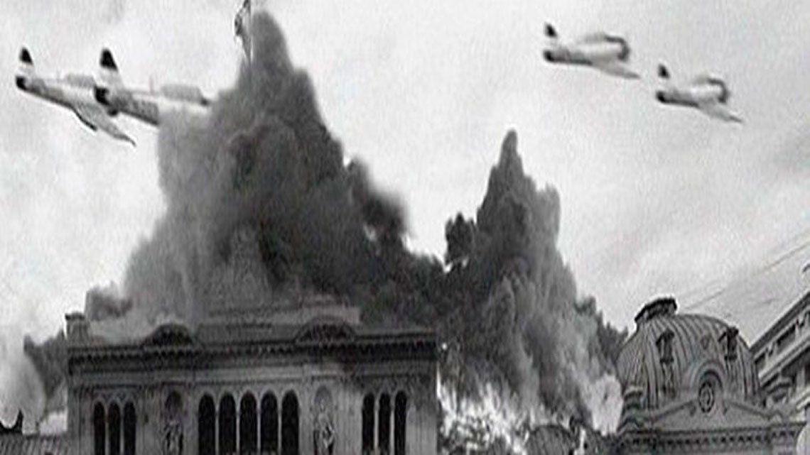 En fotos: a 65 años del bombardeo a Plaza de Mayo
