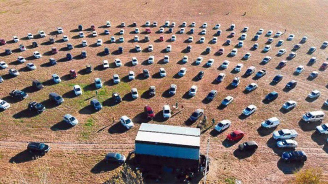 Santa Fe: encuentro evangélico en coches convocó a 250 familias en plena pandemia
