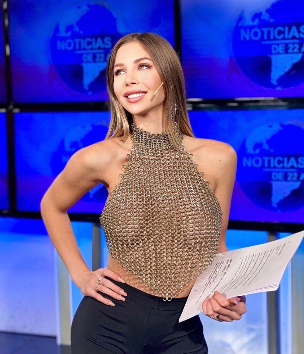 Súper sexy: Romina Malaspina incendia la tele a la hora de las noticias