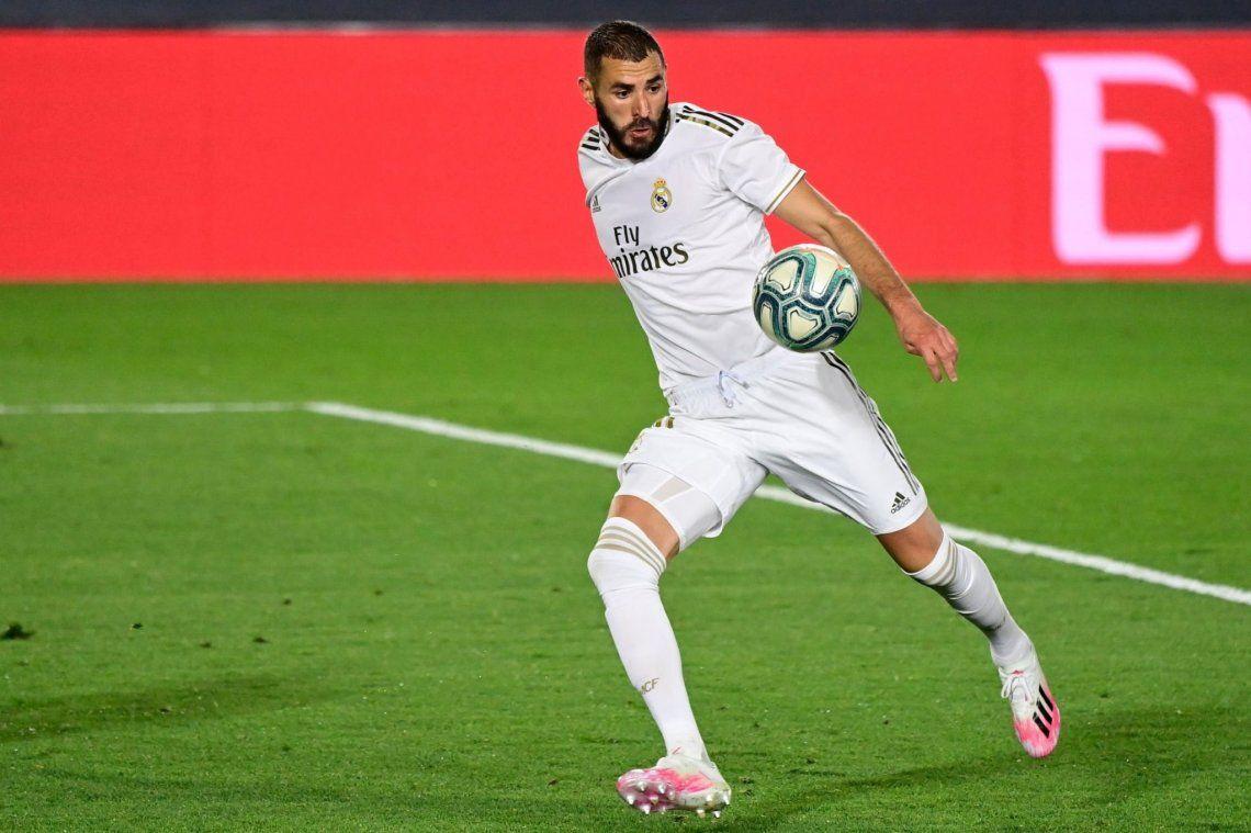 Benzema brilló en la victoria del Real Madrid ante el Valencia por 3-0