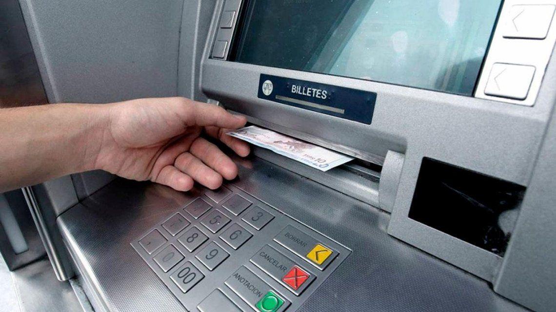 Las operaciones en los cajeros automáticos son sin costo hasta el 30 de septiembre