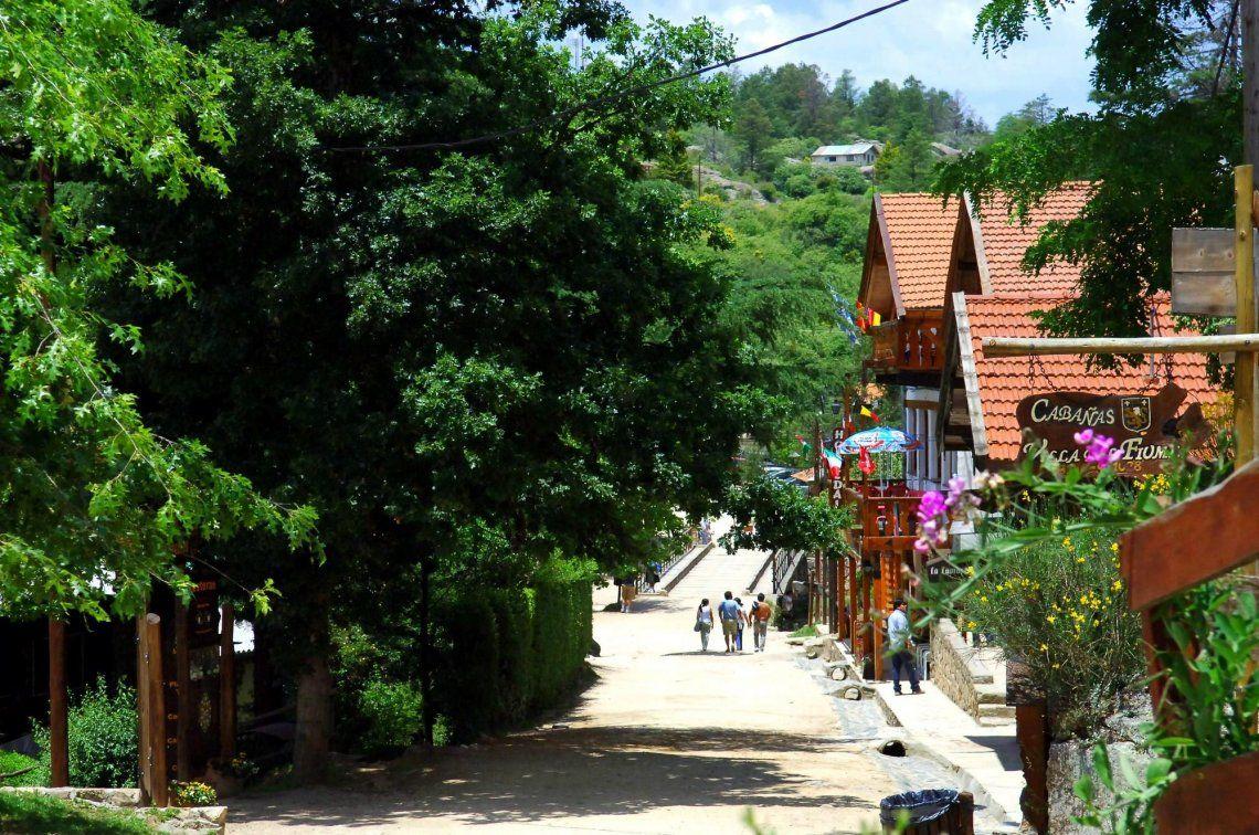 Polémica en Córdoba: abren La Cumbrecita al turismo pero la actividad no está autorizada