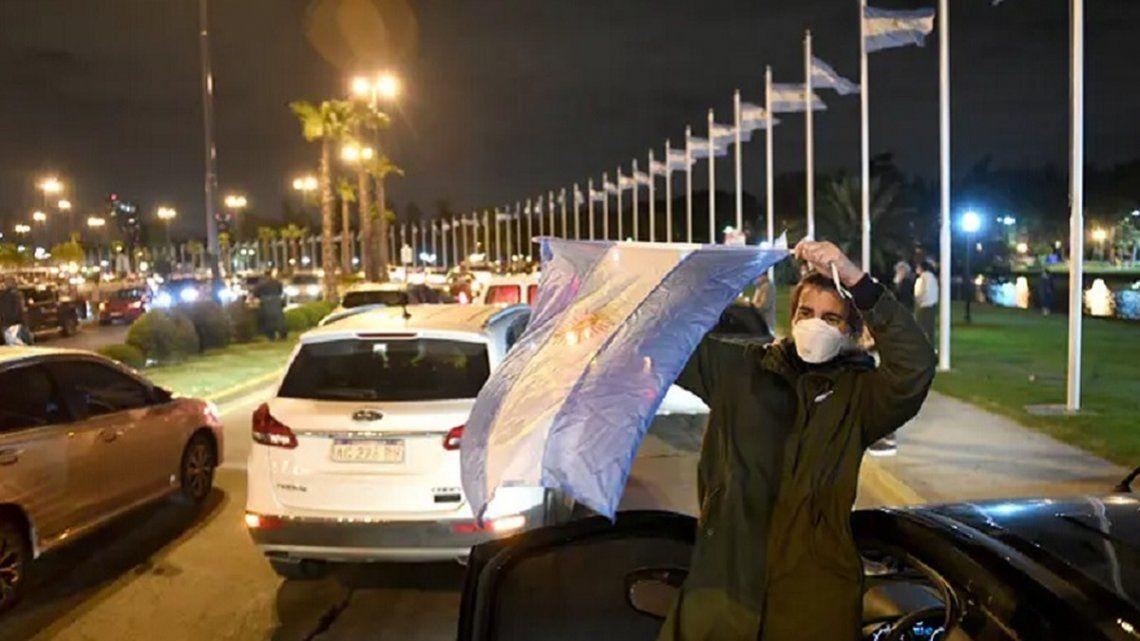 Barrios cerrados: los chetos ya tienen partido político